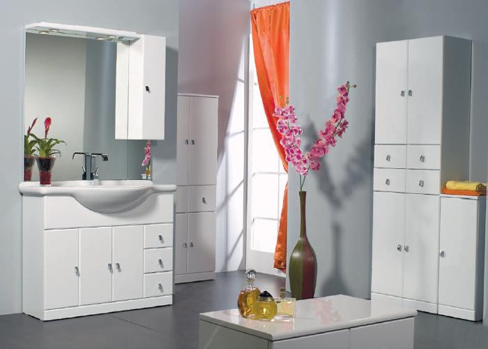 Specchio contenitore bagno leroy merlin l 39 immagine della bellezza femminile - Specchio bagno prezzi ...