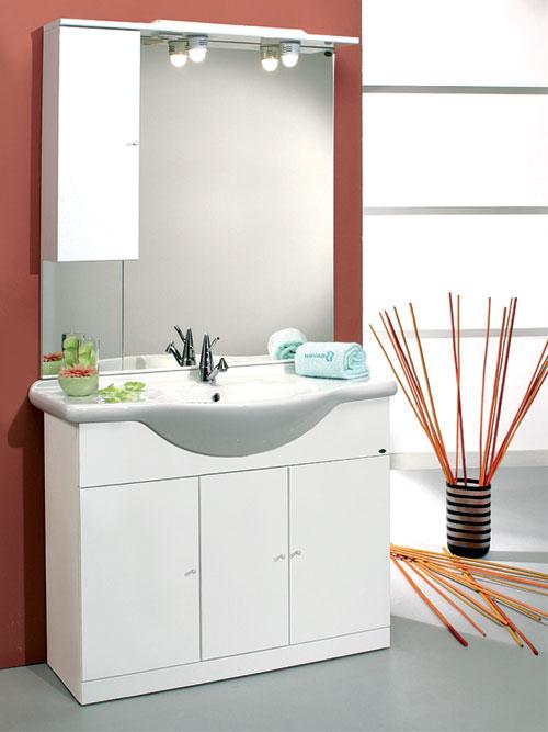 Mobili bagno economici ikea finest lavandino con for Mobili per il bagno economici