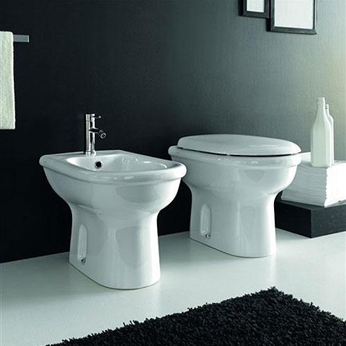Sanitari bagno a terra pavimento wc e bidet in coppia jo bagno hidra - Sanitari bagno misure ridotte ...