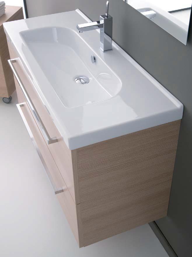 Rivestimenti termocamini moderni con nicchie - Mobile bagno angolare ...