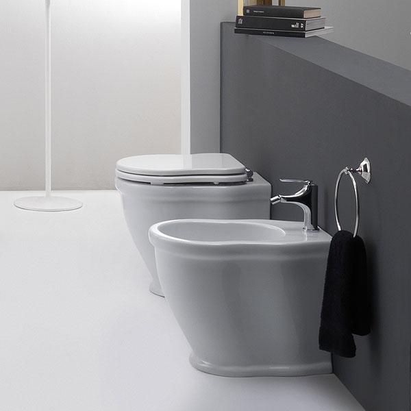 Immagini Sanitari Bagno - Idee Per La Casa - Syafir.com