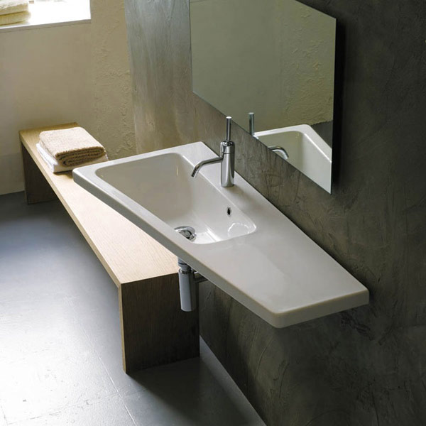 Lavabo sospeso bagno idee creative di interni e mobili for Arredo bagno lavabo sospeso