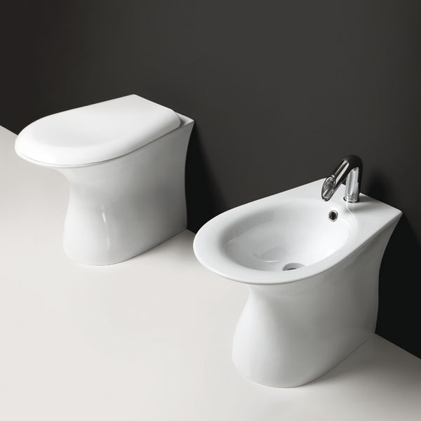 https://www.jo-bagno.it/images/stories/virtuemart/product/Sanitari-bagno-terra-Libera.jpg