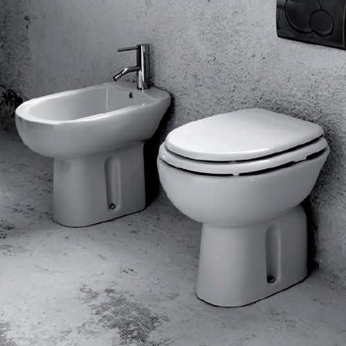 sanitari bagno a terra alba