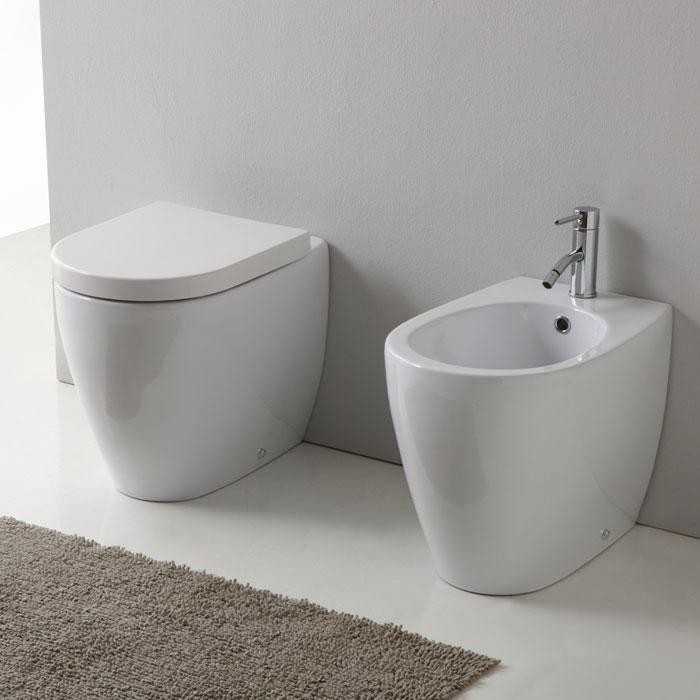 Sanitari Nero Ceramica Prezzi.Sanitari Pavimento E Filomuro Sanitari Bagno A Terra Round51